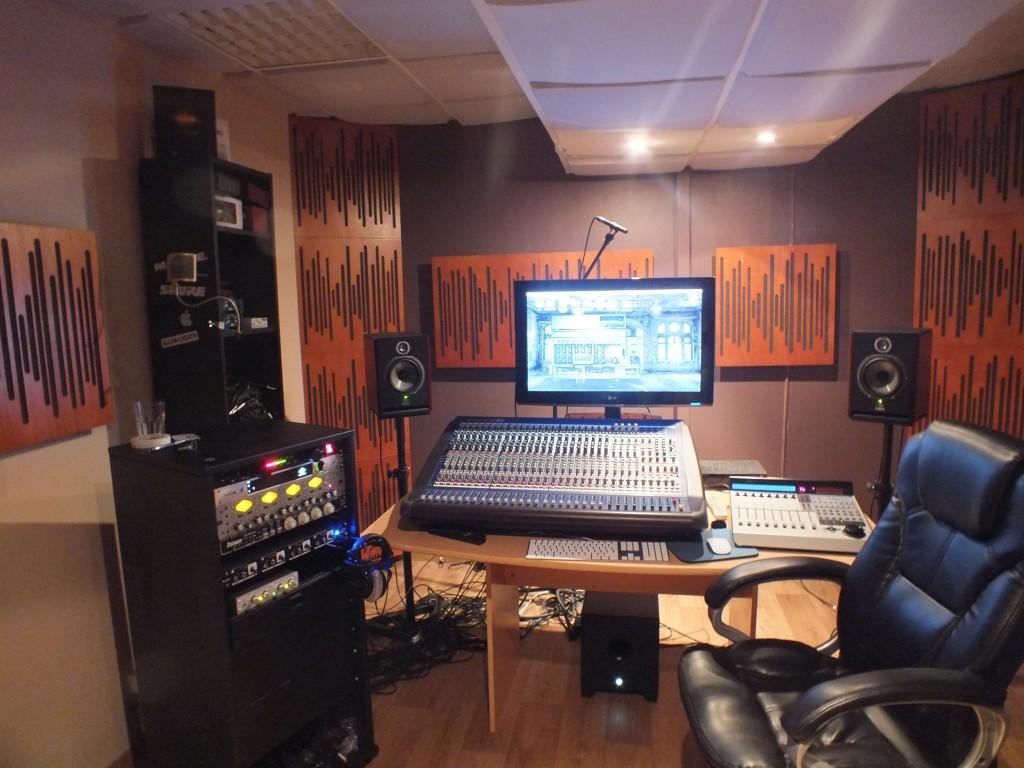 studio d enregistrement studio replug. Black Bedroom Furniture Sets. Home Design Ideas