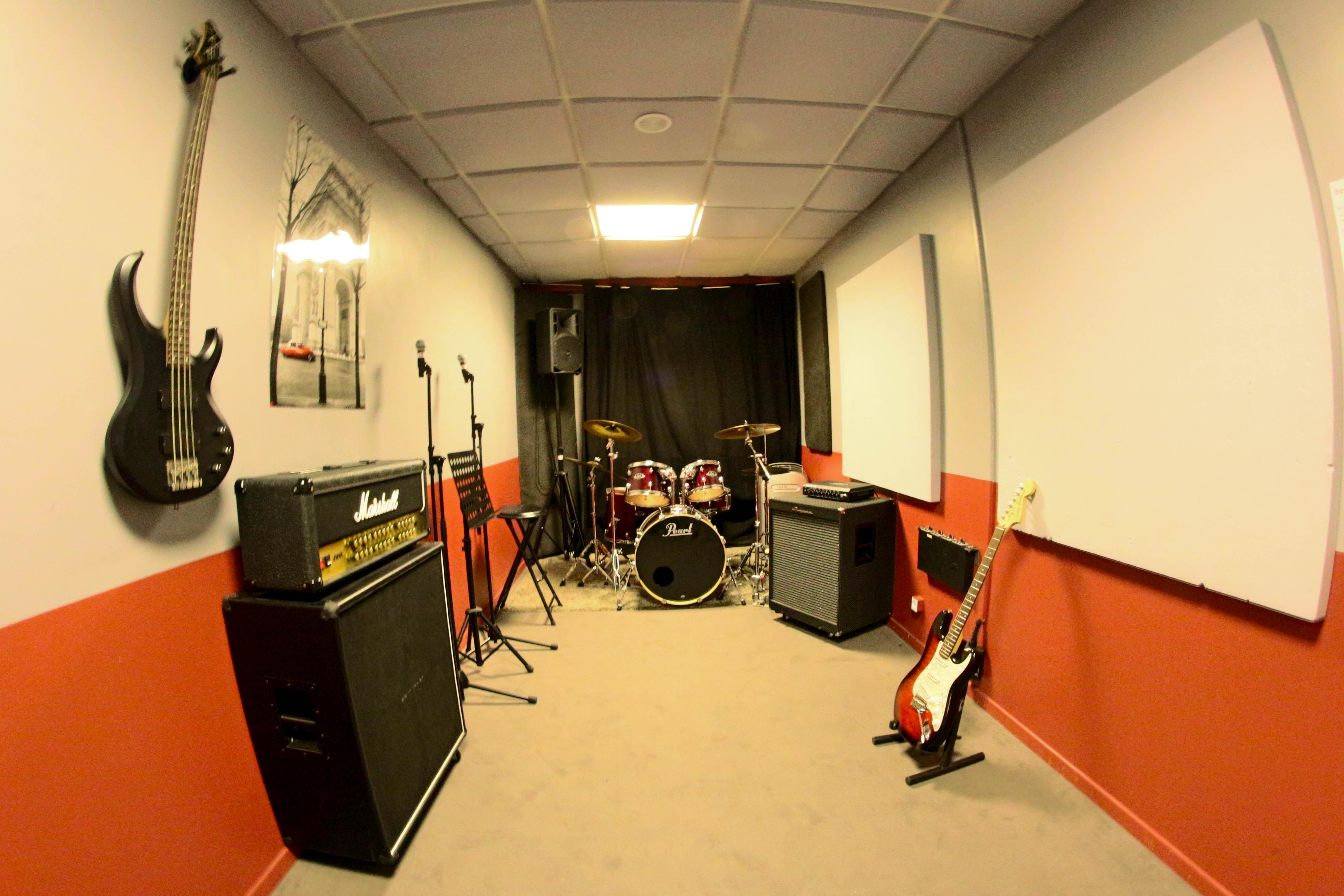 Salles et acoustique studio replug for Isolation phonique studio