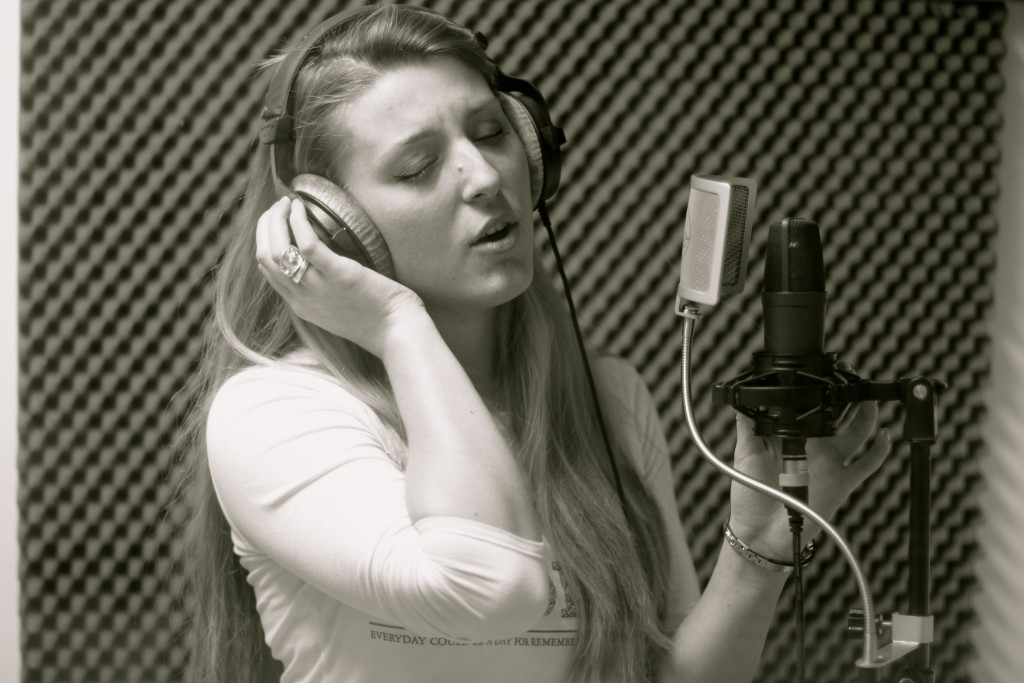 chanteuse studio